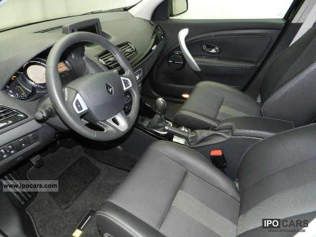 2011 renault megane 1 9 dci bose grand tour edition navigation car photo and specs. Black Bedroom Furniture Sets. Home Design Ideas