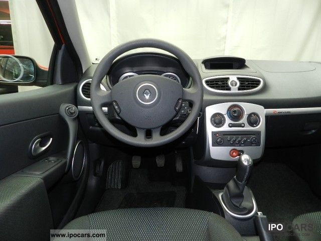 2008 renault clio 1 2 16v tce rip curl air conditioning radio cd car photo and specs. Black Bedroom Furniture Sets. Home Design Ideas