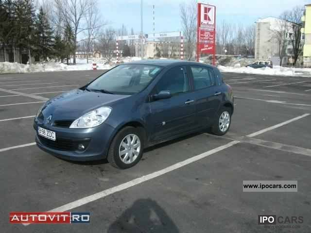 2009 Renault Clio 1.5 dCi Dynamique Small Car Used vehicle photo