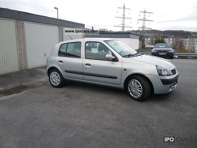 2001 renault clio 1 2 car photo and specs. Black Bedroom Furniture Sets. Home Design Ideas