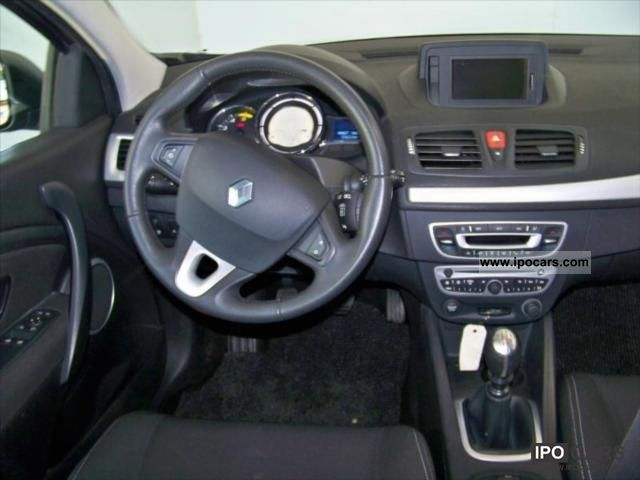 2009 renault megane iii coup dci 130 dynamique eco2 car. Black Bedroom Furniture Sets. Home Design Ideas