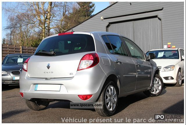 2011 renault clio iii 2 1 5 dci 75 dynamique tomtom car photo and specs. Black Bedroom Furniture Sets. Home Design Ideas