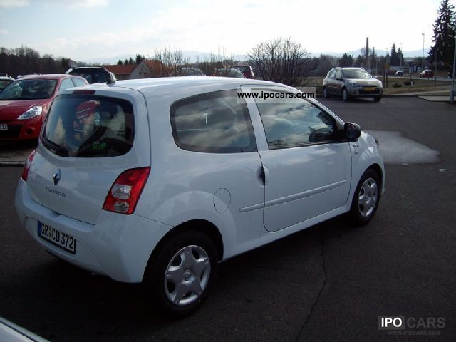 2012 renault twingo 1 2 lev 16v 75 yahoo car photo and specs. Black Bedroom Furniture Sets. Home Design Ideas