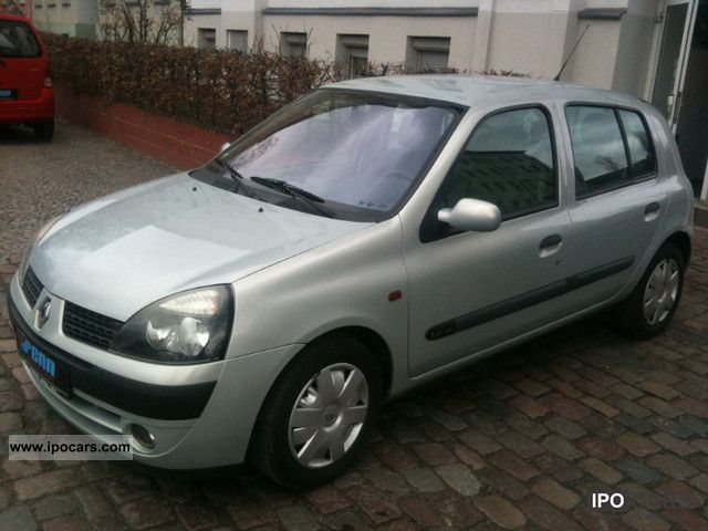 2001 renault clio 1 4 16v 5t rer air 89000km car photo and specs. Black Bedroom Furniture Sets. Home Design Ideas