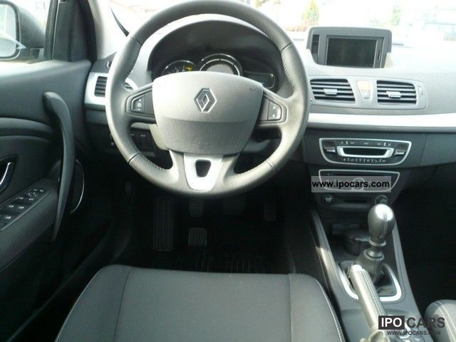 2011 renault megane dci 130 dynamique car photo and specs. Black Bedroom Furniture Sets. Home Design Ideas
