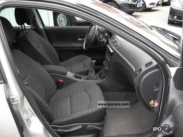 used renault megane 1 9 dci 120 dynamique hatchback silver. Black Bedroom Furniture Sets. Home Design Ideas