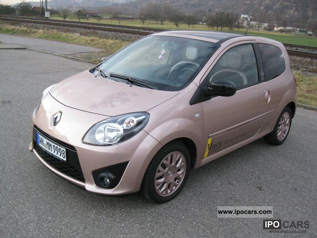 2011 Renault  Miss Sixty Small Car Used vehicle photo