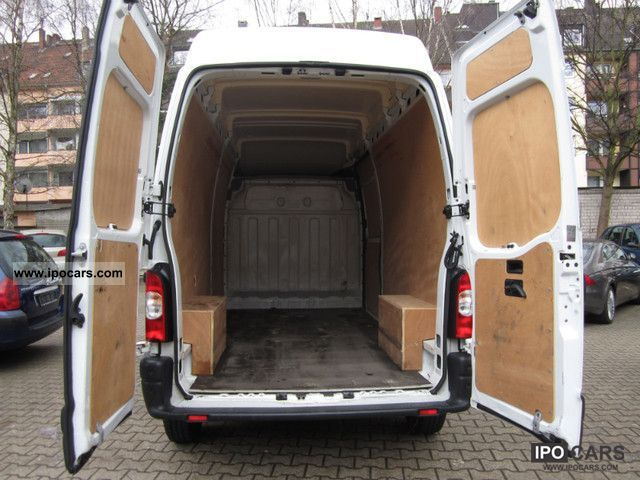 2009 renault master 2 5 dci 100 l3h3 27000km 4 car. Black Bedroom Furniture Sets. Home Design Ideas