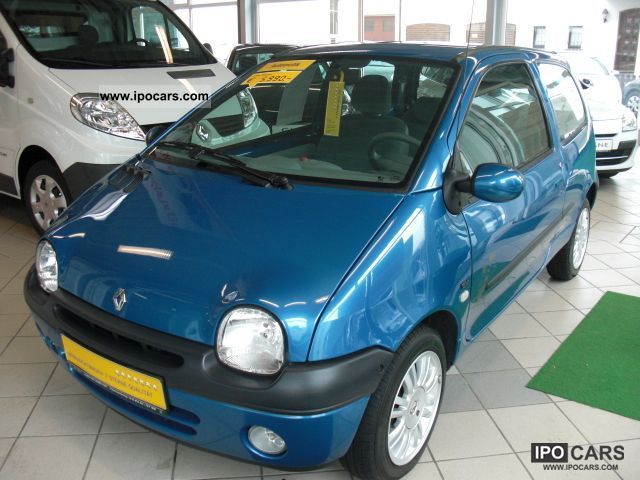 2006 renault twingo 1 2 16v aut elysee automatic air car photo and specs. Black Bedroom Furniture Sets. Home Design Ideas