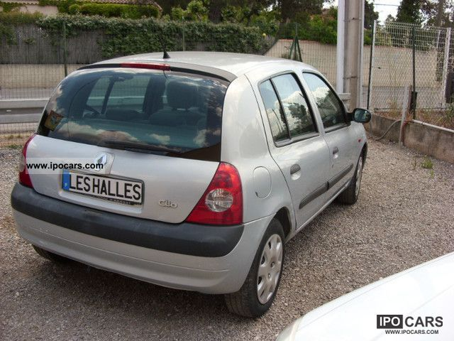 2001 renault clio 16v privilege car photo and specs. Black Bedroom Furniture Sets. Home Design Ideas