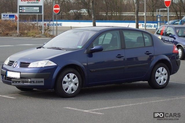 Renault Megane 1.6 16V sedan 2003 Used vehicle photo