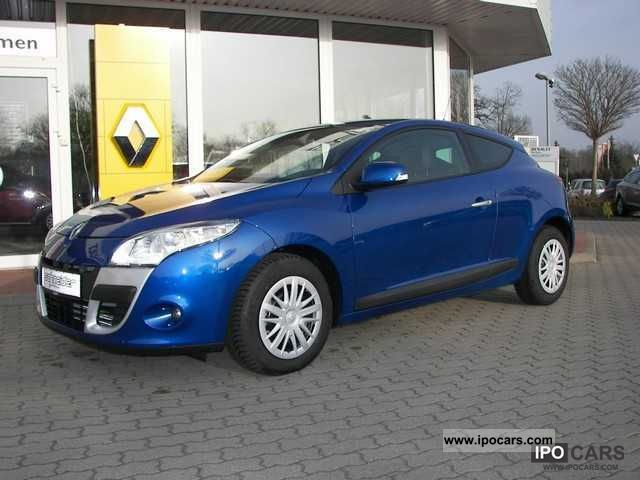 2012 Renault  Megane Coupe Dynamique dCi 110 FAP Sports car/Coupe Demonstration Vehicle photo