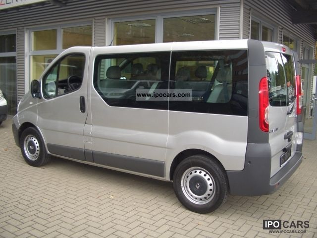 2008 renault trafic 2 0 dci 9 seater combi passenger car. Black Bedroom Furniture Sets. Home Design Ideas