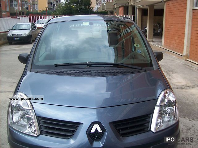 2007 Renault  Mode Small Car Used vehicle photo