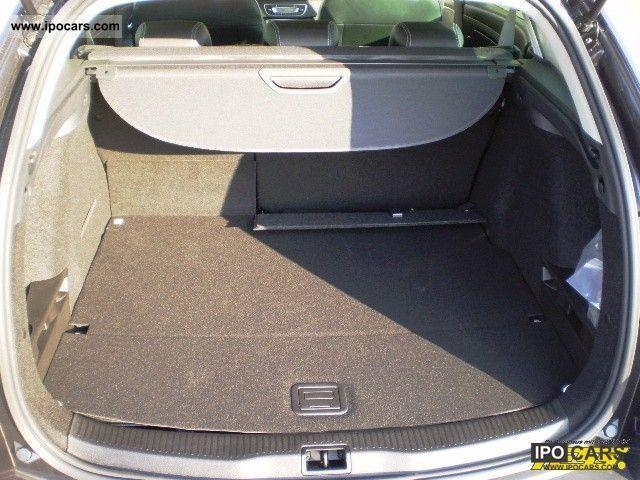 2012 renault megane dci 110 fap edc bose edition car. Black Bedroom Furniture Sets. Home Design Ideas