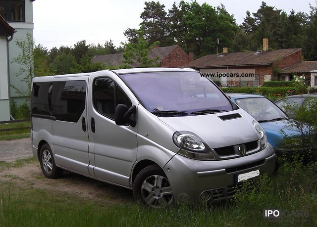 2005 renault trafic 2 5 dci generation multivan car photo and specs. Black Bedroom Furniture Sets. Home Design Ideas