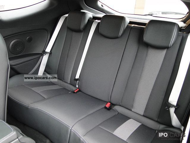 2012 renault megane coupe 9 1 dci130 fap iii bose eco car photo and specs. Black Bedroom Furniture Sets. Home Design Ideas