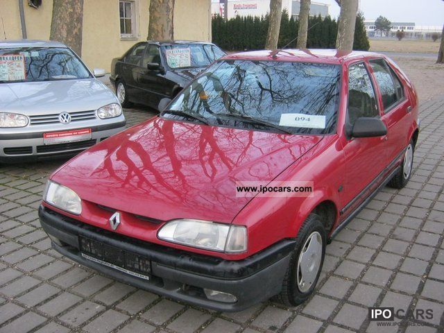 1993 Renault  19 Limousine Used vehicle photo