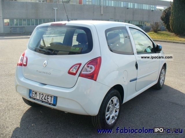 2012 renault twingo 1 2 16v live car photo and specs. Black Bedroom Furniture Sets. Home Design Ideas