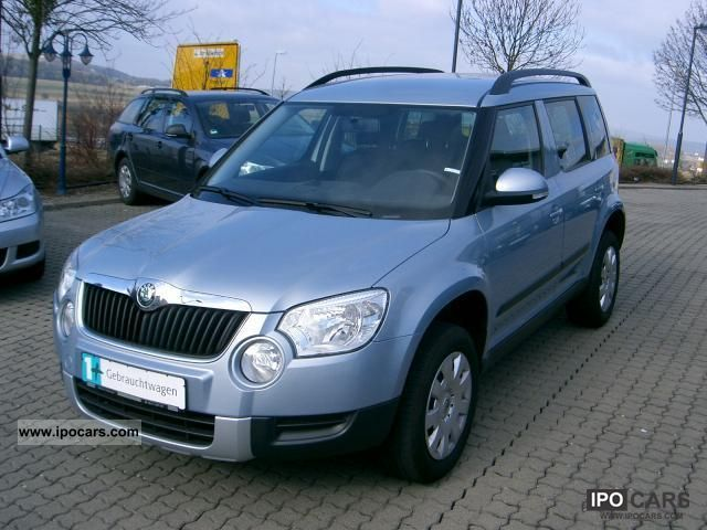 2011 skoda yeti 1 2 tsi dsg active plus edition sitzh park car photo and specs. Black Bedroom Furniture Sets. Home Design Ideas