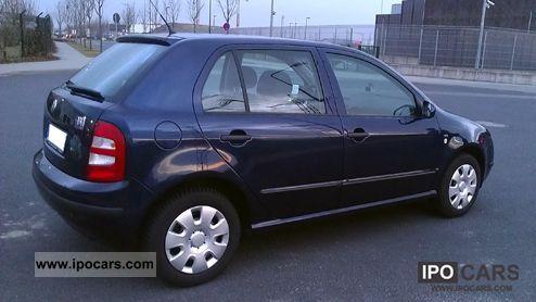 2002 skoda fabia 1 4 16v 101 hp 8 fold checkbook car photo and specs. Black Bedroom Furniture Sets. Home Design Ideas