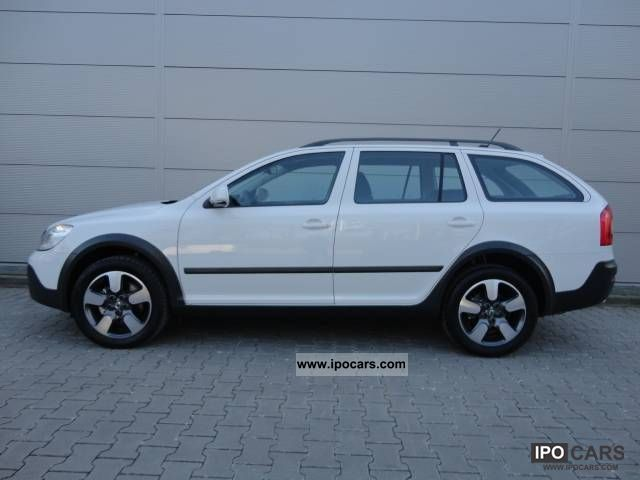 2012 skoda octavia combi 2 0 tdi 4x4 dsg scout stock. Black Bedroom Furniture Sets. Home Design Ideas