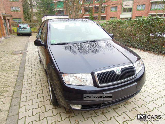2004 Skoda  Fabia 1.2 HTP Sedan * EURO 4 / air / aluminum * Small Car Used vehicle photo