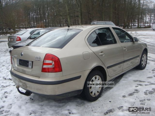 2005 skoda octavia 1 6 fsi air car photo and specs. Black Bedroom Furniture Sets. Home Design Ideas