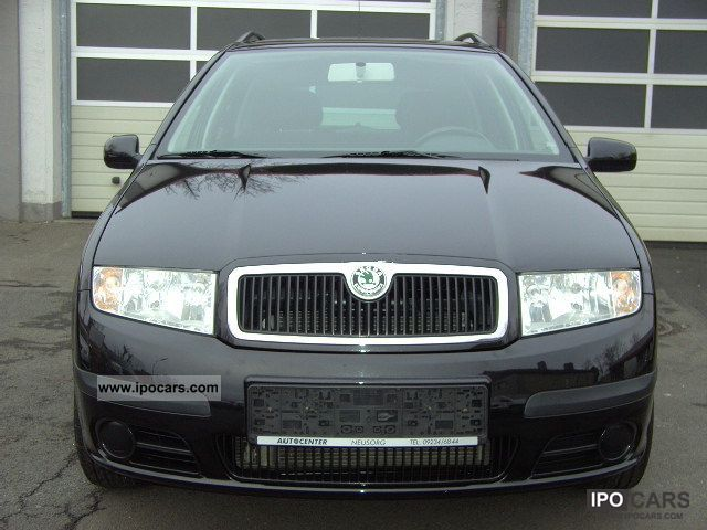 2005 Skoda  Fabia Combi 2.0 Mod 2006 Estate Car Used vehicle photo
