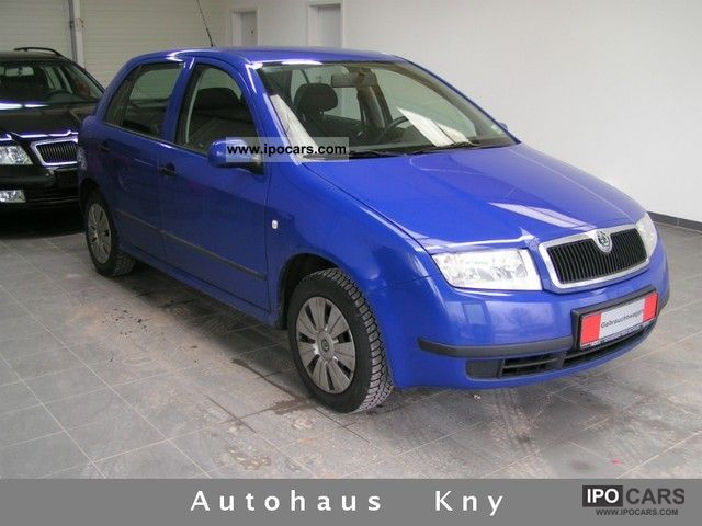 2004 skoda fabia 1 4 16v classic car photo and specs. Black Bedroom Furniture Sets. Home Design Ideas
