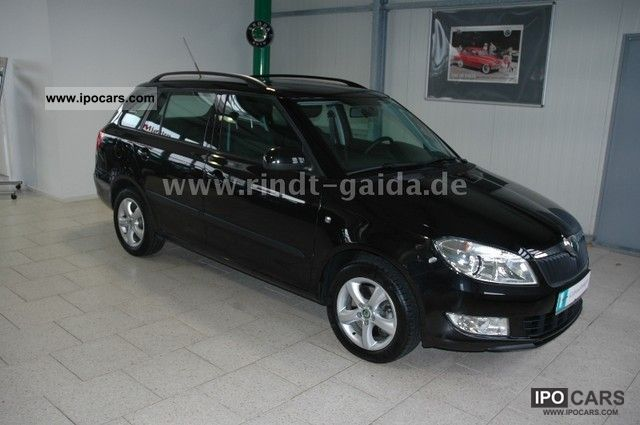 2010 skoda fabia combi 1.2 tsi dsg style edition - car photo and specs