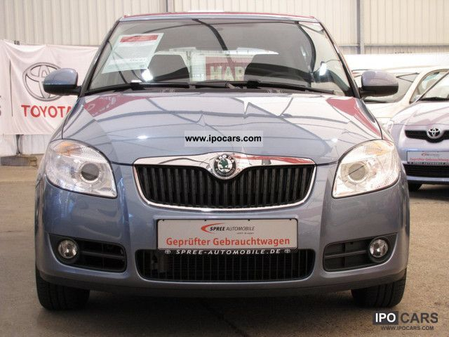 2010 skoda fabia 1 2 htp air style car photo and specs. Black Bedroom Furniture Sets. Home Design Ideas