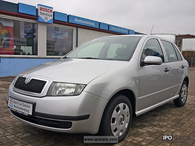 2003 Skoda  Fabia 1.2 HTP + air conditioning + winter tires Small Car Used vehicle photo