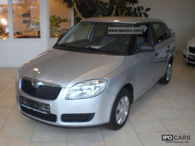 2010 Skoda  Fabia Combi 1.4 16V COOL EditionEx / dealer 8600E Estate Car Used vehicle photo