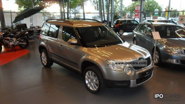 2011 Skoda  Yeti 1.2 TSI Ambition EDIT PLUS + NAVI Amundsen Off-road Vehicle/Pickup Truck Demonstration Vehicle photo