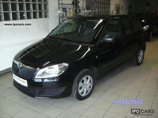 2011 skoda fabia 1 2 htp car photo and specs. Black Bedroom Furniture Sets. Home Design Ideas