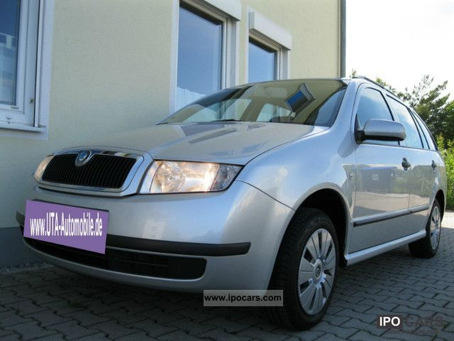 2004 Skoda  Fabia with ZV ** AIR * RADIO * el WINDOW * 1-HAND ** Estate Car Used vehicle photo