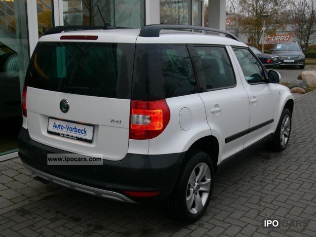 2011 skoda yeti 1 2 tsi ambition navi heated seats pdc car photo and specs. Black Bedroom Furniture Sets. Home Design Ideas