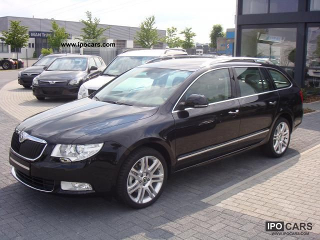 2011 skoda superb combi 2 0 tdi dpf cr active comfort car photo and specs. Black Bedroom Furniture Sets. Home Design Ideas