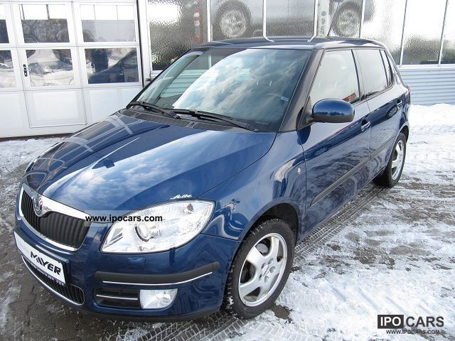 2007 skoda fabia sport climatronic ahk car photo and specs. Black Bedroom Furniture Sets. Home Design Ideas