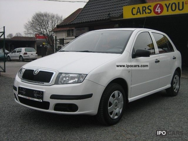 2005 skoda fabia 1 2 htp classic car photo and specs. Black Bedroom Furniture Sets. Home Design Ideas