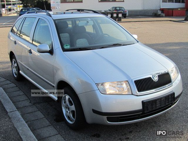 2004 skoda fabia 1 4 16v combi air car photo and specs. Black Bedroom Furniture Sets. Home Design Ideas
