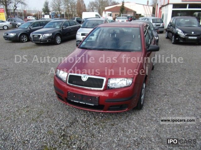 2007 skoda fabia 1 2 htp ambiente car photo and specs. Black Bedroom Furniture Sets. Home Design Ideas