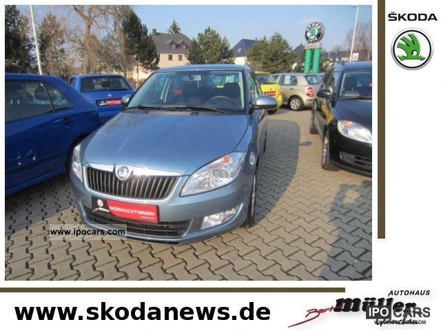 2011 Skoda  Fabia Sedan Elegance 1.2 TSI Limousine Used vehicle photo