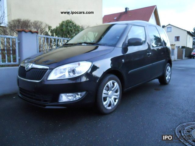 2011 skoda roomster 1 6 tdi ambition climate fc 39 s radio cd car photo and specs. Black Bedroom Furniture Sets. Home Design Ideas