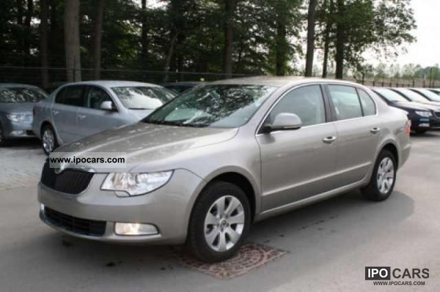2011 skoda superb ambition 1 8 tsi climatronic cruise car photo and specs. Black Bedroom Furniture Sets. Home Design Ideas