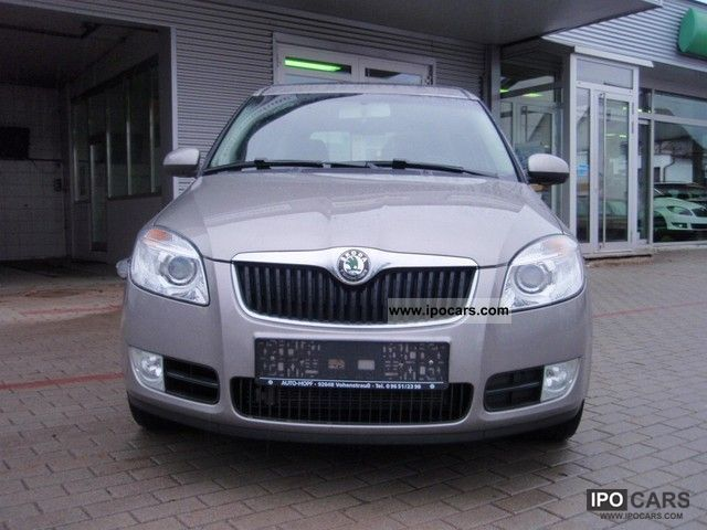 2007 skoda roomster 1 6 16v comfort car photo and specs. Black Bedroom Furniture Sets. Home Design Ideas