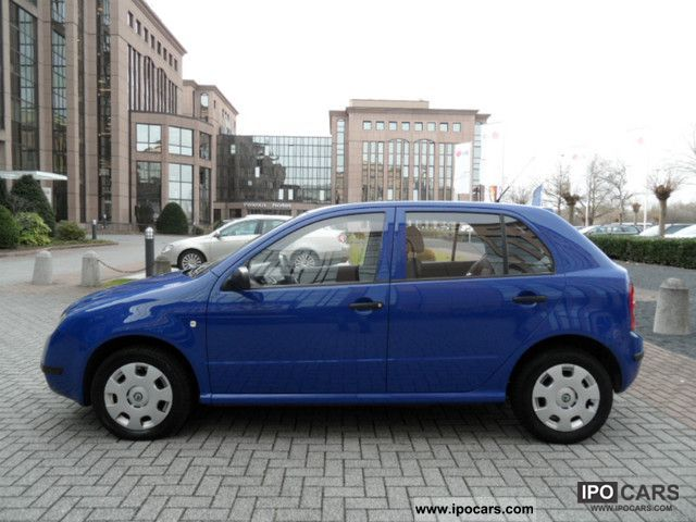 2003 skoda fabia 1 2 htp classic 1 hand 79tkm air best car photo and specs. Black Bedroom Furniture Sets. Home Design Ideas