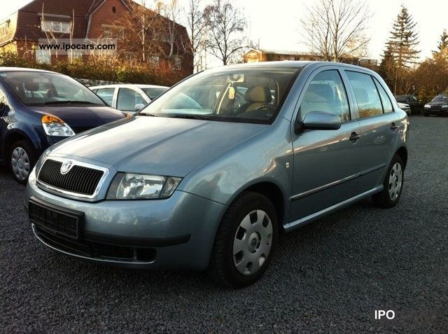 2003 Skoda  Fabia 1.2 HTP Classic air conditioning Small Car Used vehicle photo