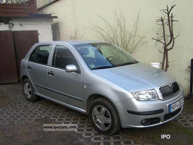 2005 skoda fabia 1 4 16v car photo and specs. Black Bedroom Furniture Sets. Home Design Ideas